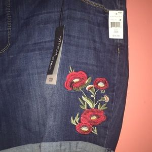 stitch star Shorts - NWT Embroidered Shorts